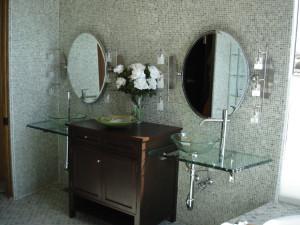 bathroom glass remodel Albuquerque