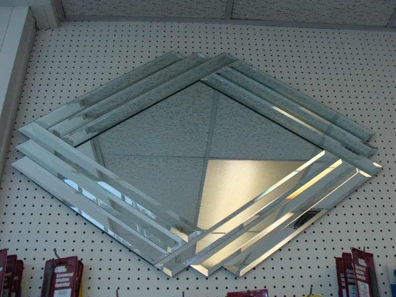 Clear Diamond Mirror With Clear Beveled Strip Border